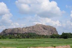 Une belle plus grande roche photo libre de droits