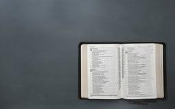 Une bible ouverte Photo libre de droits