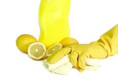 Une bouteille jaune de nettoyeur de ménage images stock