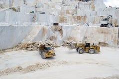 Une carrière de marbre de Carrare Photos stock