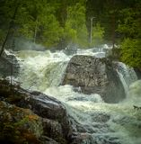 Une cascade forte Images stock