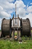 Une catapulte en bois antique photographie stock