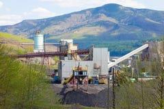 Une centrale à charbon dans le Canada du nord image libre de droits