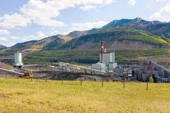 Une centrale à charbon dans le Canada du nord image stock