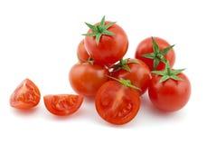 Une certaine cerise mûre des tomates Photos stock