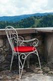 Une chaise dans restaurtant avec la meilleure vue image stock