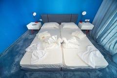 Une chambre à coucher dans les appartements d'un hôtel cinq étoiles, Kranevo en Bulgarie Photographie stock libre de droits