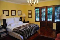 Chambre à coucher de luxe d'ambiance Images libres de droits
