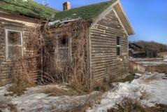 Une Chambre abandonnée de ferme dans le pays agricole rural du Dakota du Sud perd contre aux éléments Photos libres de droits