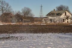 Une Chambre abandonnée de ferme dans le pays agricole rural du Dakota du Sud perd contre aux éléments Photo stock