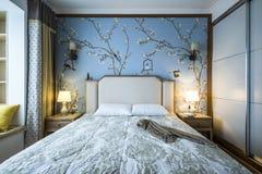Une chambre ? coucher dans une famille moderne photographie stock libre de droits