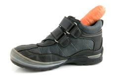 Une chaussure avec un raccord en caoutchouc pour Sinterklaas images libres de droits