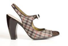 Une chaussure simple de haut talon. Images libres de droits