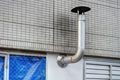 Une cheminée fournit la ventilation Photo stock