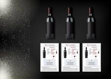 Une conception simple des bouteilles réalistes de vin et de cartes de vin avec des descriptions et des caractéristiques du vin su Photo libre de droits