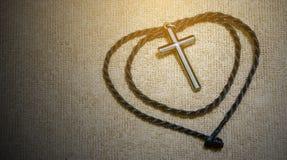 Une croix argentée Photo libre de droits