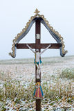 Une croix en bois de bord de la route Images libres de droits