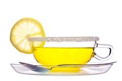 Une cuvette d'isolement avec du thé de fruit Photographie stock libre de droits