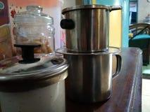 Une cuvette de café le matin image stock