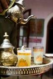 Une cuvette de thé à Marrakech Images stock