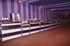 une décoration de tente avec des oeuvres Image libre de droits