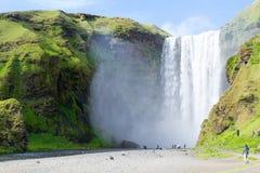 Une des centaines d'eau tombe en Islande Photographie stock