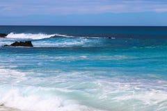 Une des plages les plus belles et fortement les plus ?valu?es au monde - plage de Wailea, Maui, Hawa?, Etats-Unis photos stock