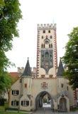 Une des portes antiques à Fussen en Bavière (Allemagne) Image stock