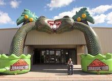 Une entrée à la planète de T-Rex, centre d'expo de Tucson Image libre de droits