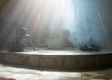 Une exposition sculpturale montrant la vie du fin du 19ème siècle dans le bain turc - EL Basha de hammam dans la vieille ville de Image stock