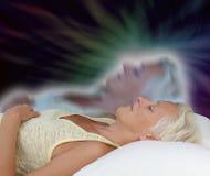 Une expérience astrale femelle de projection Image stock