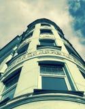 Une façade faisante le coin classique sur un bureau dans Kyiv, la capitale de l'Ukraine Photos libres de droits