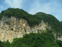 Une falaise - texturisée par temps Photo stock