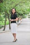 Une femme chinoise de sourire Images stock