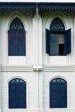 Une fenêtre bleue ouverte Photos libres de droits