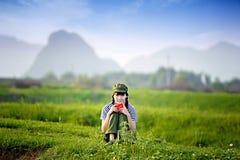 Une fille chinoise dans l'uniforme Photo libre de droits