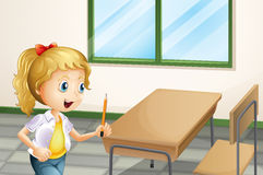 Une fille tenant un crayon à l'intérieur de la salle de classe illustration de vecteur