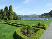 Une forme de vue le lac chez Keswick Cumbria Angleterre photographie stock