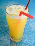 Une glace de jus d'orange Image stock