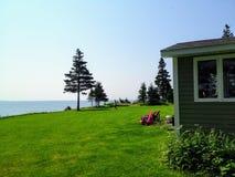Une grande belle propriété à distance située dans le secteur tranquille et reculé de la crique de Charlos dans Nova Scotia du nor image stock