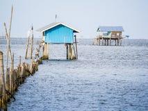 Une hutte sur la mer, il construction pour la protection du seashel agricole Images stock