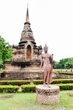 Une image de marche de Bouddha Photo stock