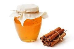 Miel doux dans le pot photos libres de droits