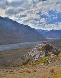 Une image de portrait du monastère principal, un monastère bouddhiste tibétain Images libres de droits
