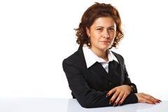 Une jeune femme d'affaires semblant confiante Image libre de droits