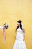 Une jeune jeune mariée Photos stock