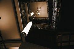Une lampe exotique de plafond image libre de droits