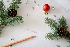 Une lettre à Santa Photographie stock libre de droits