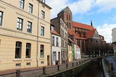 Une ligne de maison dans Wismar Photo stock