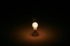 Une lumière dans l'obscurité Photo libre de droits